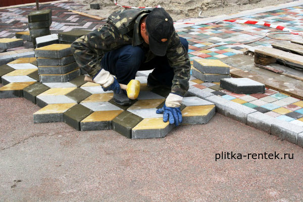 укладка тротуарной плитки цена за квадратный метр-фото